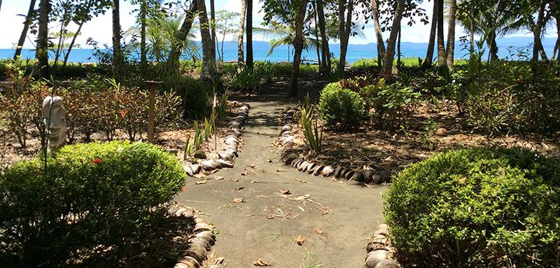 Cabinas Los Cocos - Playa Zancudo