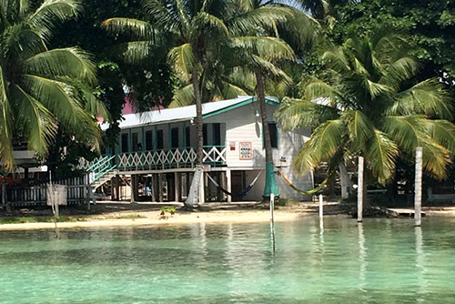 Sophies Guest Rooms auf Caye Caulker