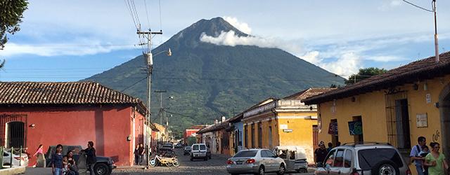 Lebendig, pulsierend und charmant – die kleine Stadt Antigua in Guatemala