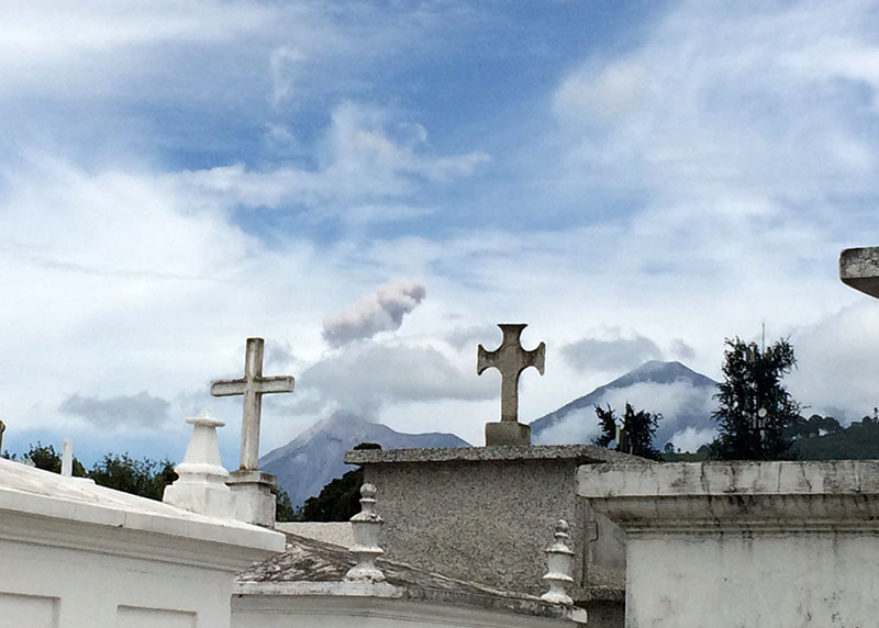 Vulkan Fuego und Acatenango nahe Antigua, Guatemala