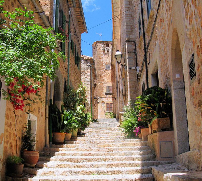 Das kleine Dorf Fornalutx auf Mallorca