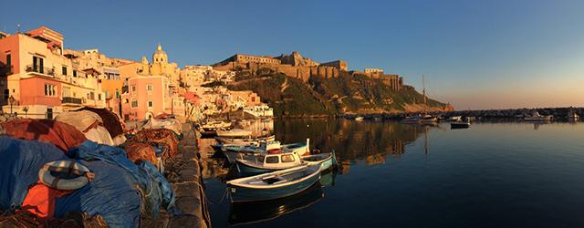 Procida - die kleine Fischerinsel vor Neapel