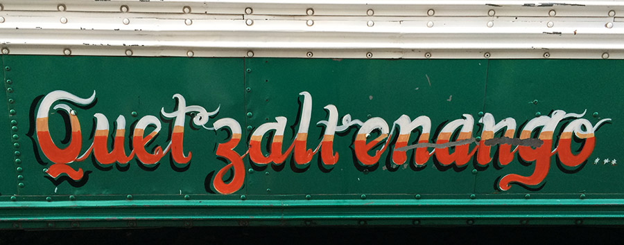 Chicken Busse fahren in Quetzaltenango (Xela), Guatemala rund um die Uhr