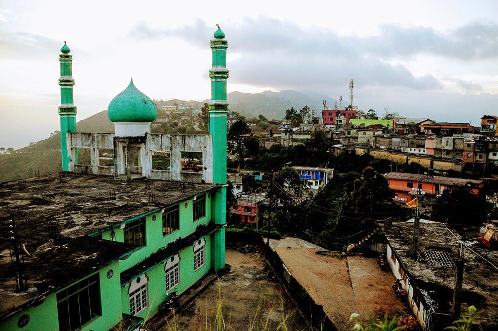 Der kleine Ort Haputale in Sri Lanka