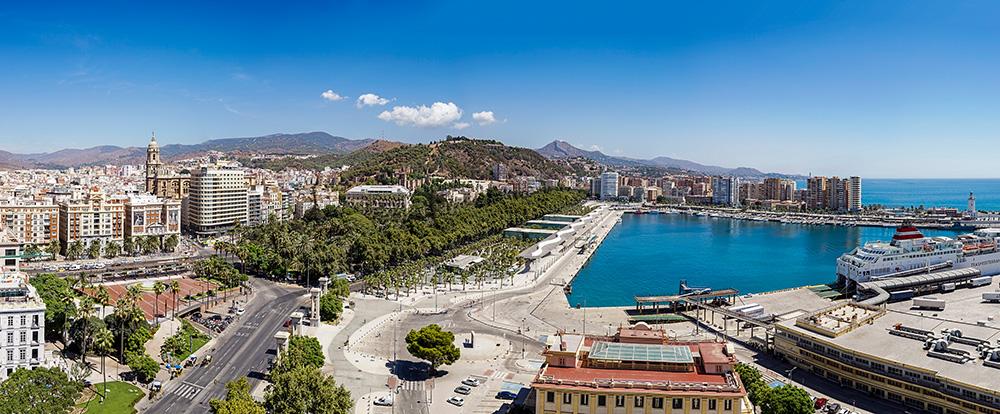 Der Hafen von Málaga und das schöne Panorama