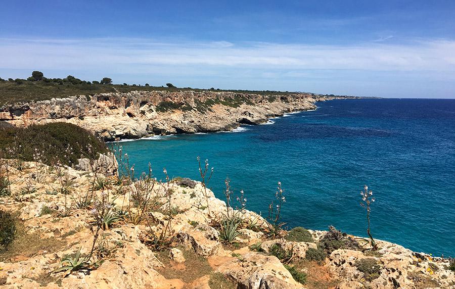 Die schöne Ostküste von Mallorca - von der Cala Romàntica zur Cala Varques