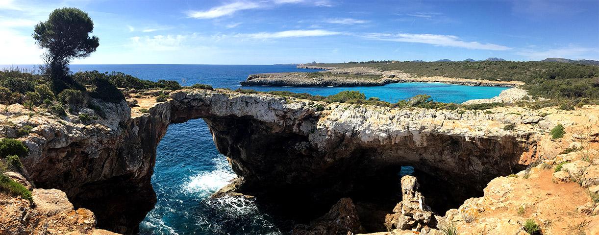 Wandern auf Mallorca - Ein Küstenspaziergang von der Cala Romàntica zur Cala Varques