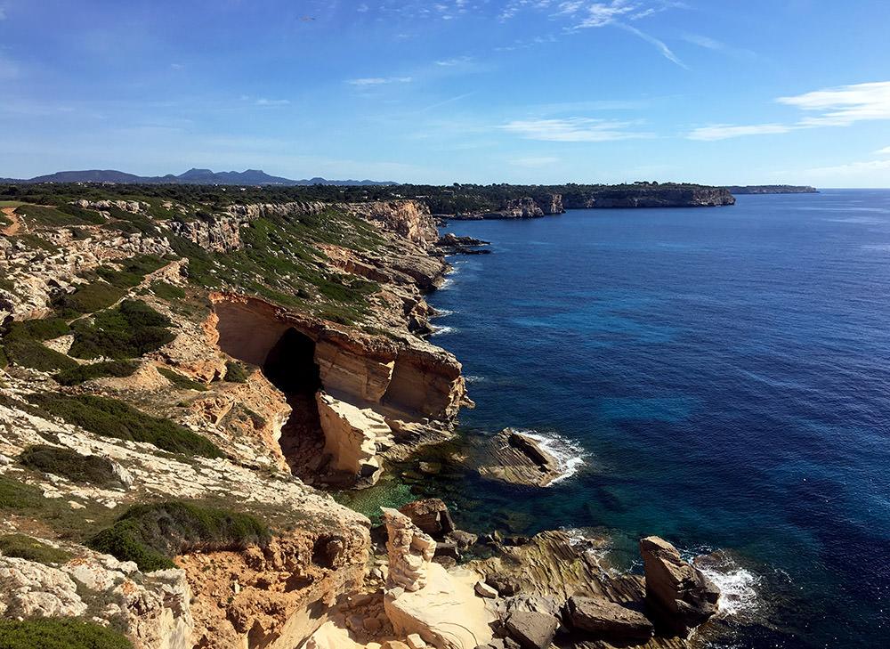 Wanderung zur Marmorbucht Calo des Marmols an der Ostküste von Mallorca