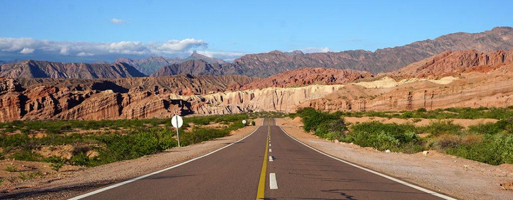 HIGHLIGHTS AUF UNSERER REISE DURCH ARGENTINIEN – UNSERE ROUTE FÜR 3 WOCHEN IM HOHEN NORDEN - Fahrt durch die Quebrada de Cafayate