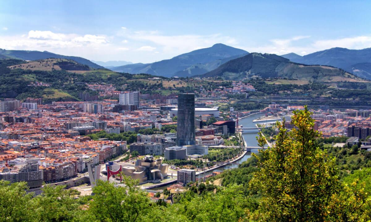 Ausblick auf Bilbao im Norden Spaniens