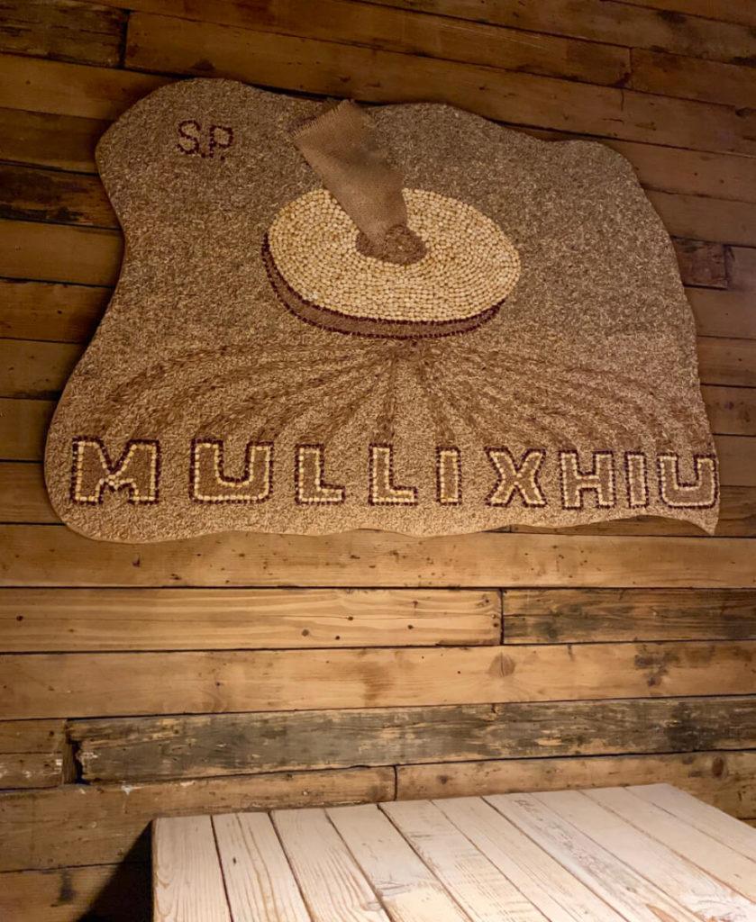 Das beliebte Restaurant Mullixhiu in Tirana (Albanien)